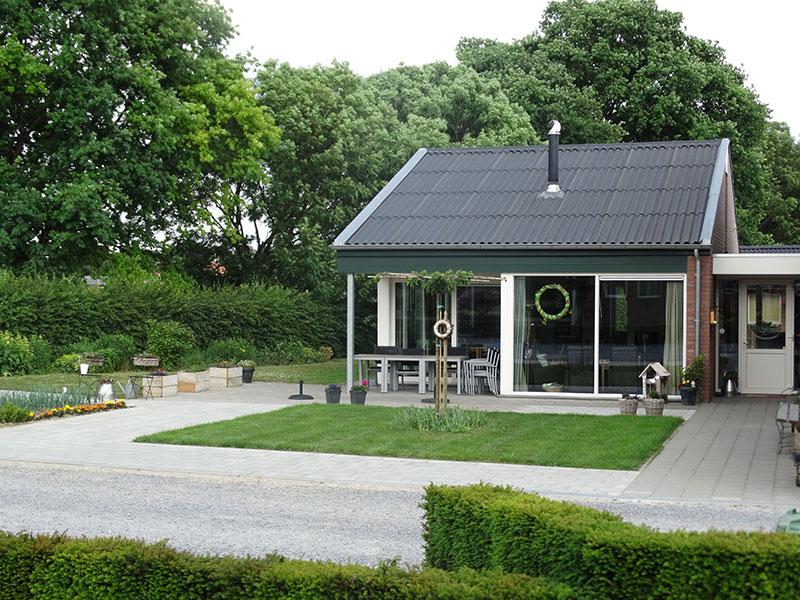 Zorgboerderij Ravensbosch buiten