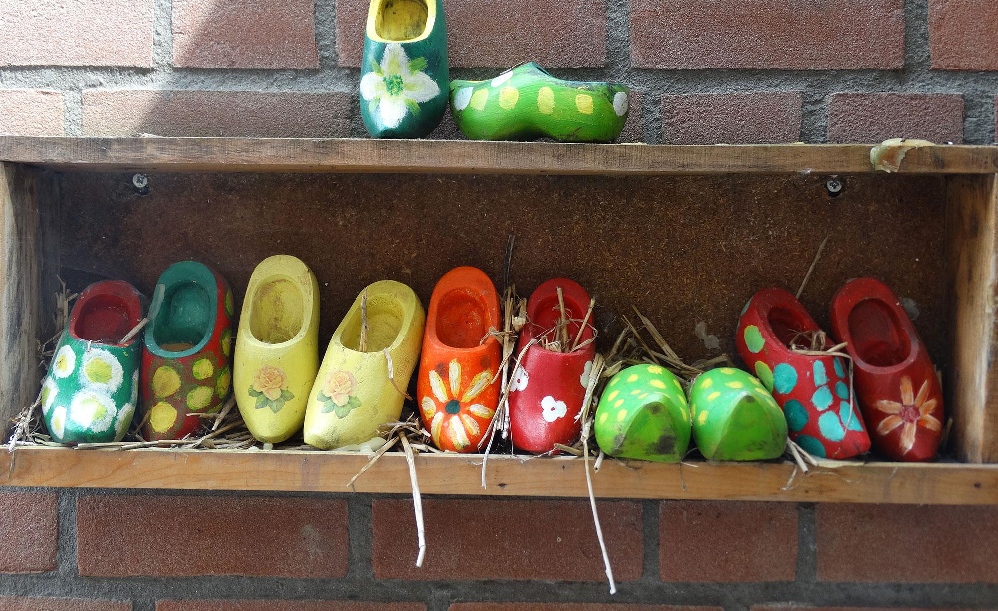 Klompen gemaakt bij activiteiten van Zorgboerderij Ravensbosch Hulsberg